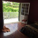 Moradia-T4-em-Barros-Vila-Verde-varanda-quarto-principal