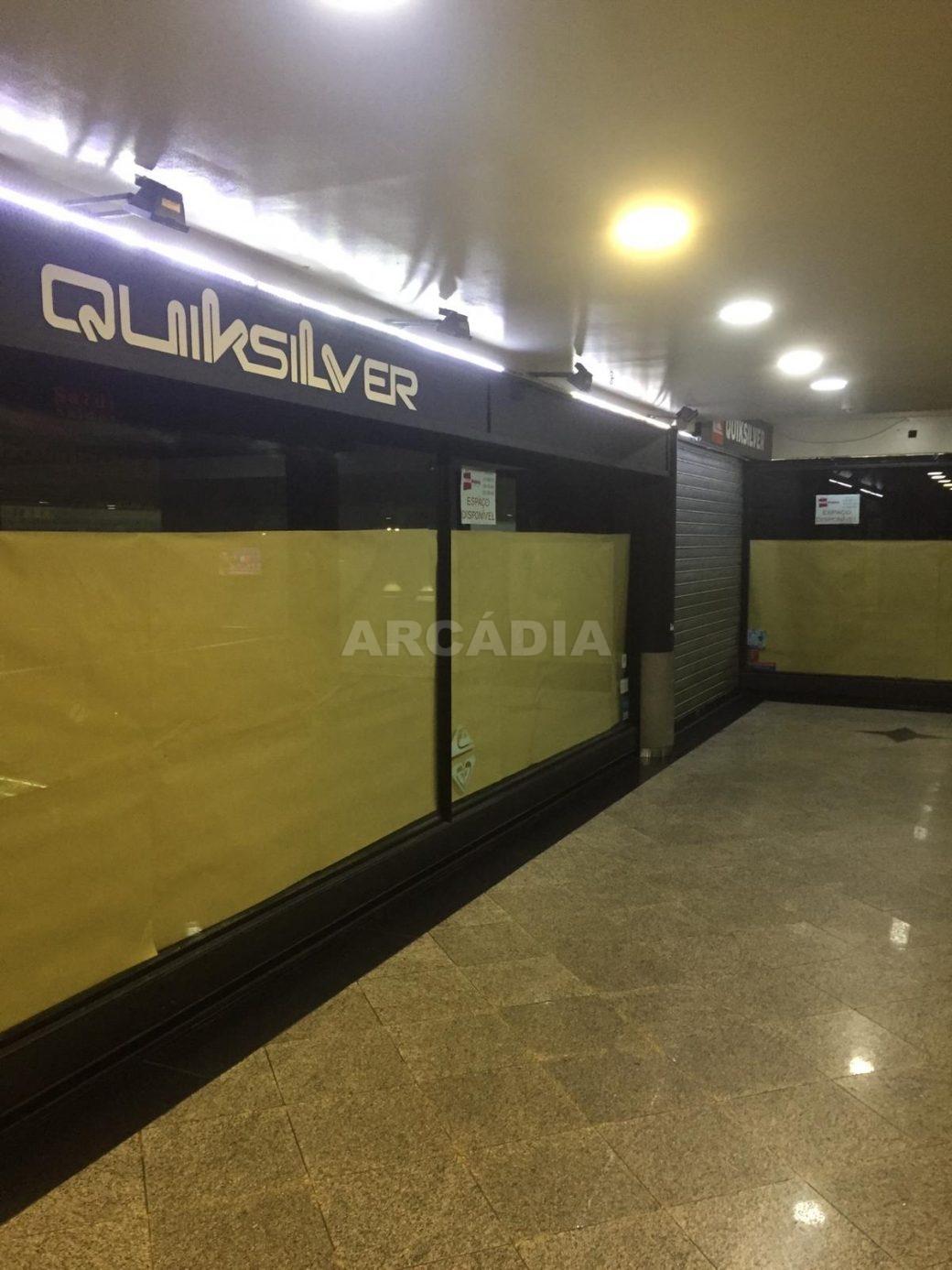 Loja-em-Centro-Comercial-no-Centro-de-Braga-exterior