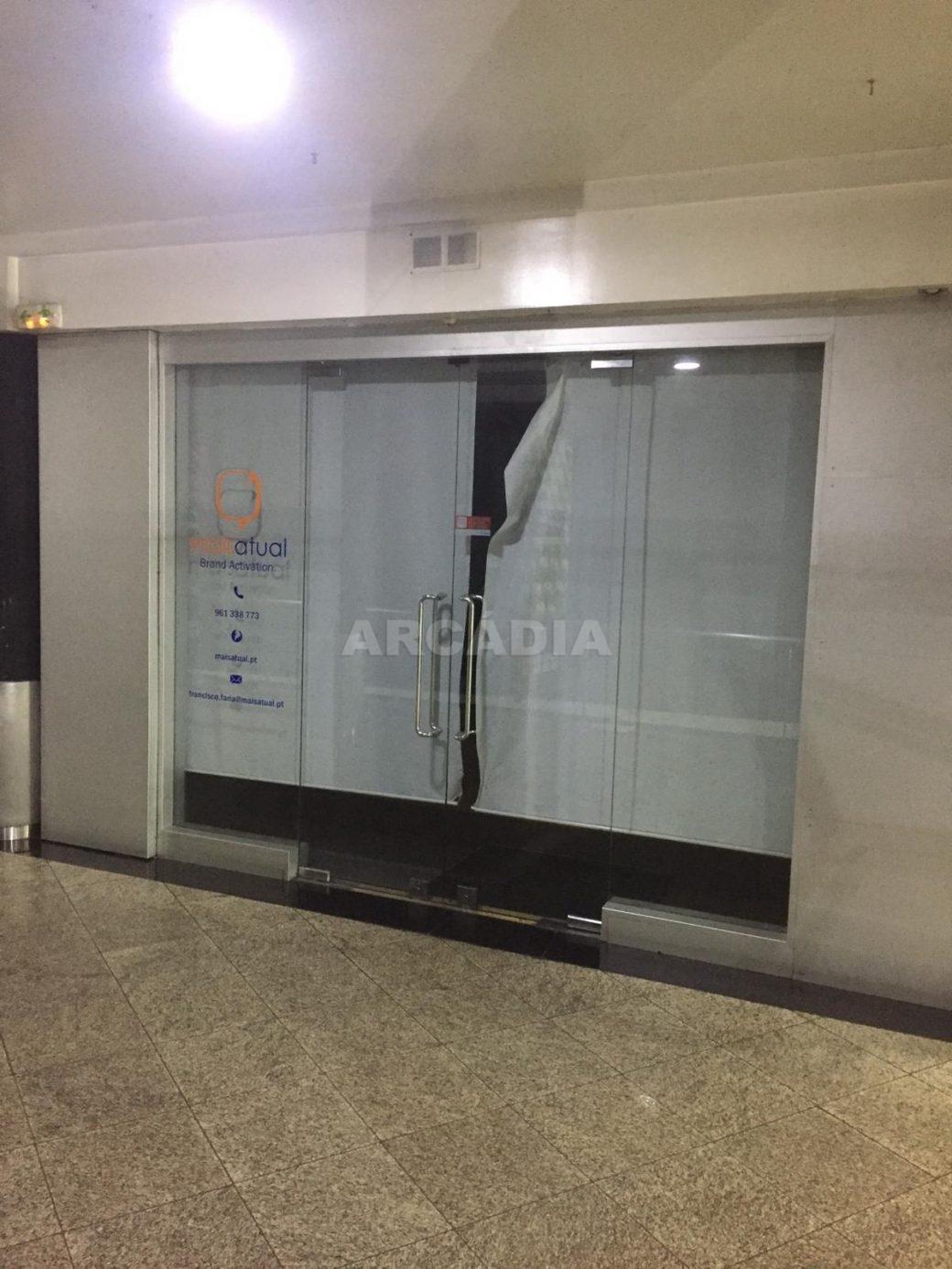 Loja-em-Centro-Comercial-no-Coracao-de-Braga-entrada-unica