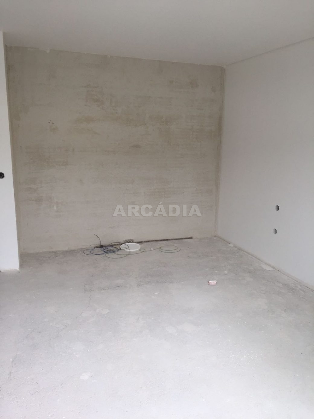Moradia-Nova-em-Pico-de-Regalados-quarto-1