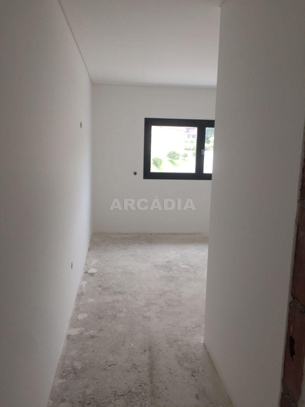 Moradia-Nova-em-Pico-de-Regalados-suite