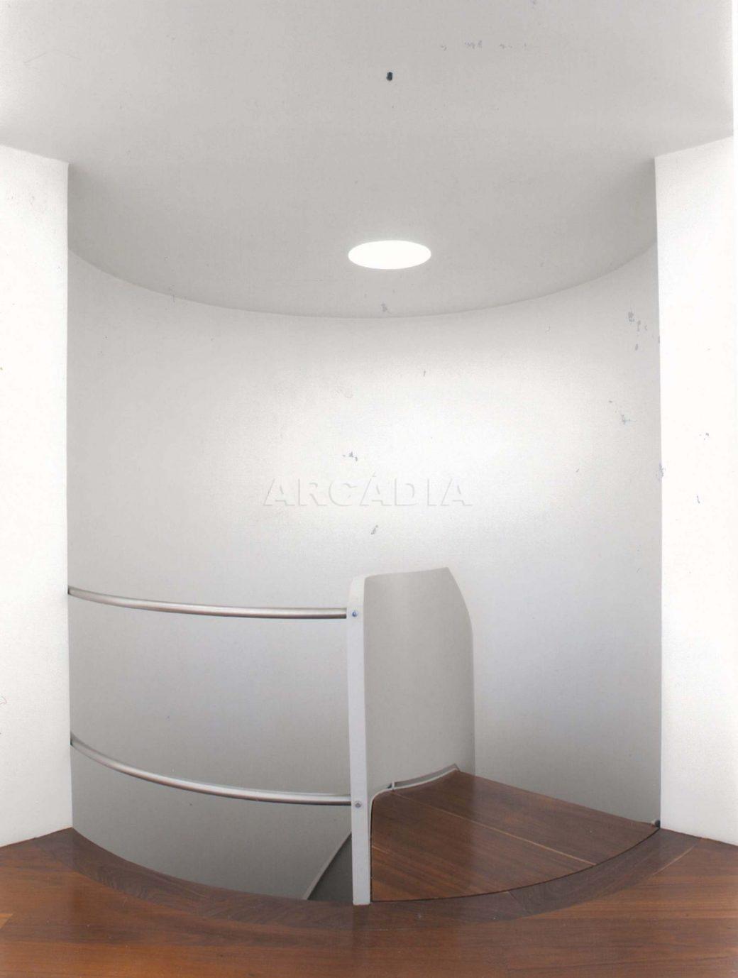 Moradia-V5-com-Piscina-em-Palmeira-escadaria