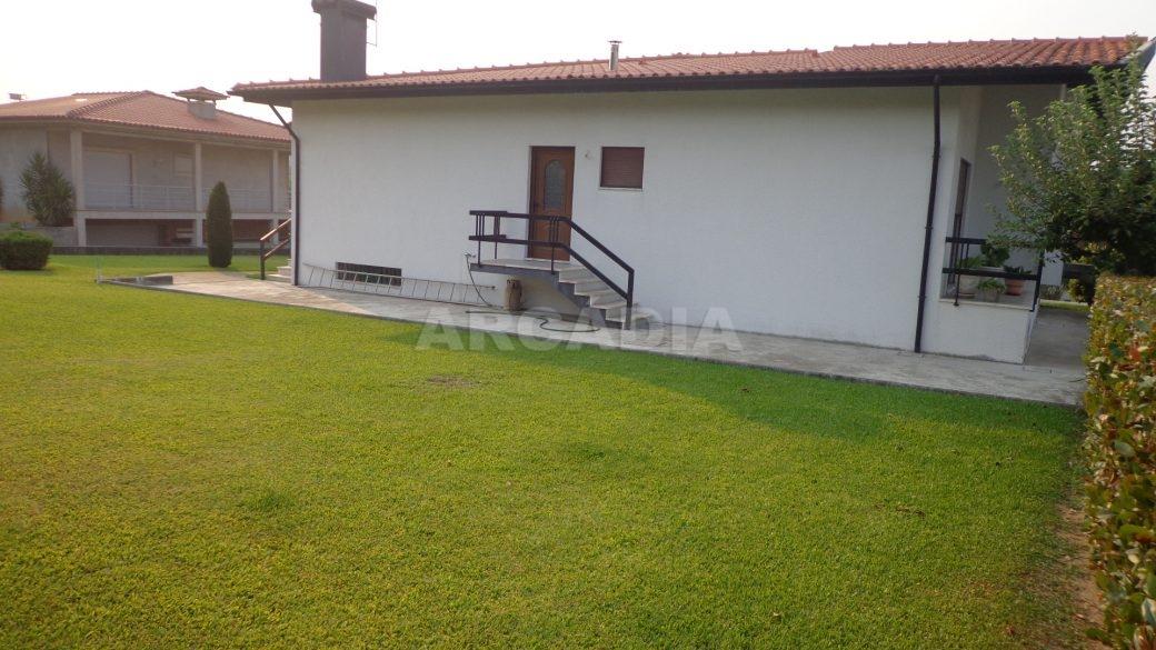 Moradia-em-Padim-da-Graca-casa-exterior-lateral