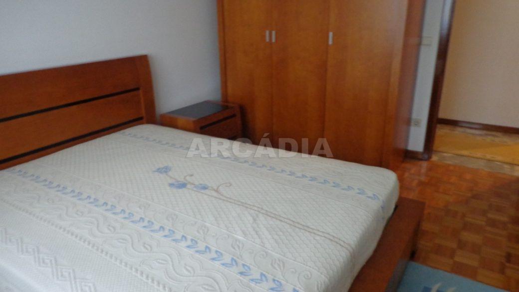 Moradia-em-Padim-da-Graca-quarto-6