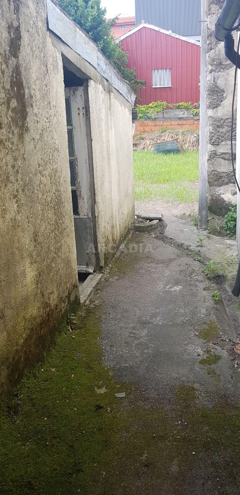Predio-Para-Restaurar-em-Sao-Vicente-exterior