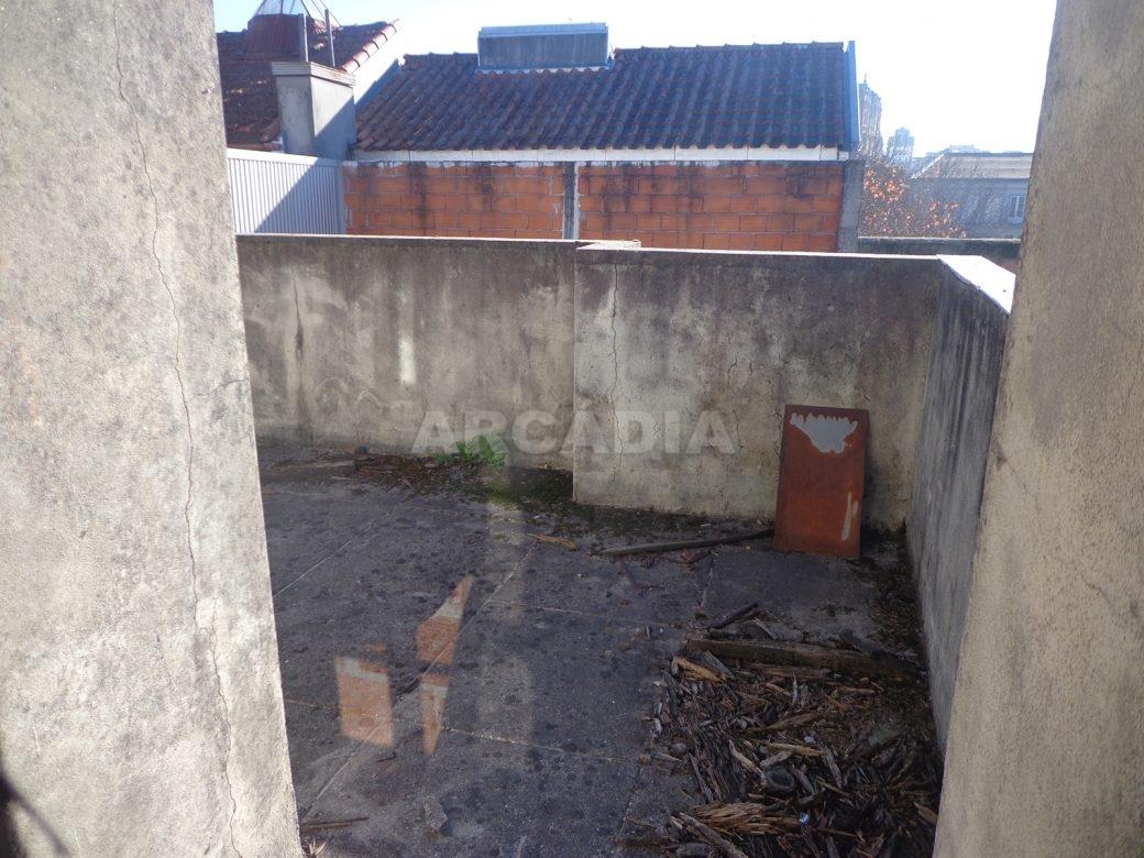 Predio-Para-Restauro-em-Sao-Joao-do-Souto-16-obras-pisos-superiores-terraco