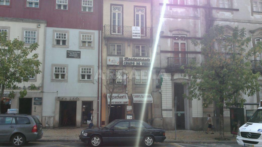 Predio-Para-Restauro-em-Sao-Joao-do-Souto-22-fachada-predio