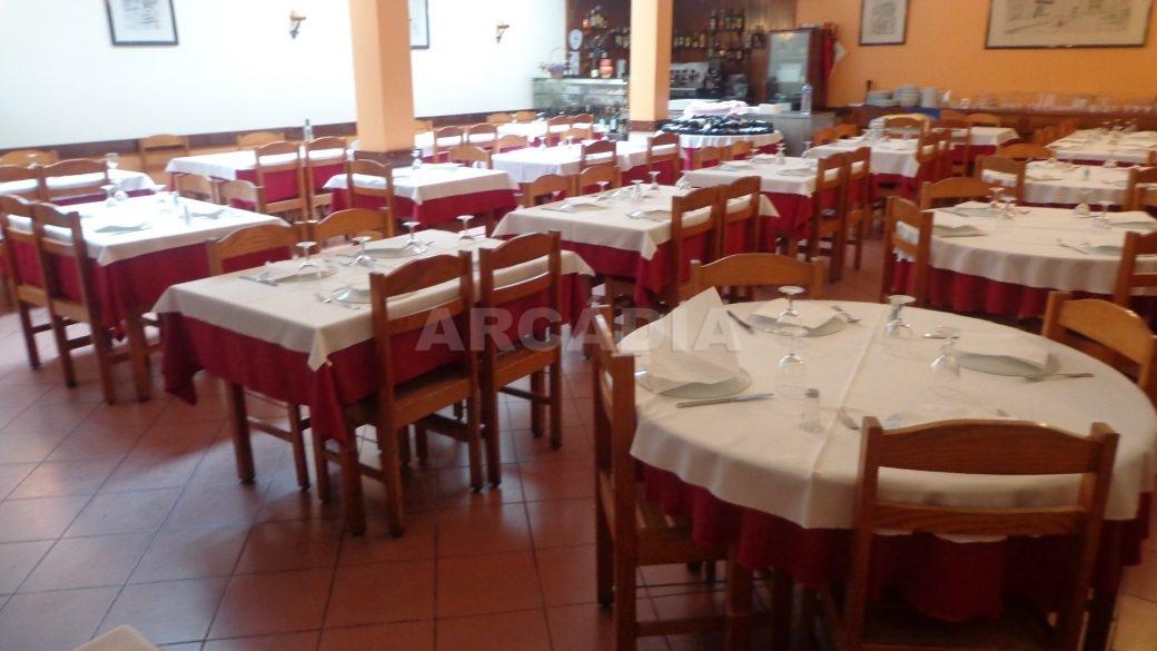 Predio-Para-Restauro-em-Sao-Joao-do-Souto-8-restaurante-1-andar