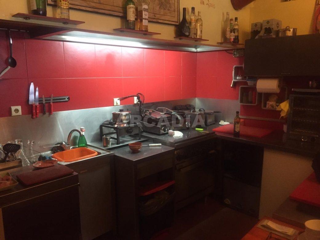 Trespasse-Cafe-Bar-na-Se-de-Braga-equipamentos-cozinha-arcadia