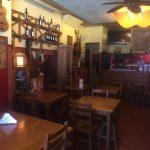 Trespasse-Cafe-Bar-na-Se-de-Braga-mesas-arcadia