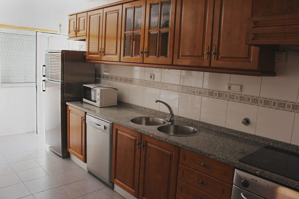 T4-Como-Novo-Em-Sao-Victor-Cozinha-2
