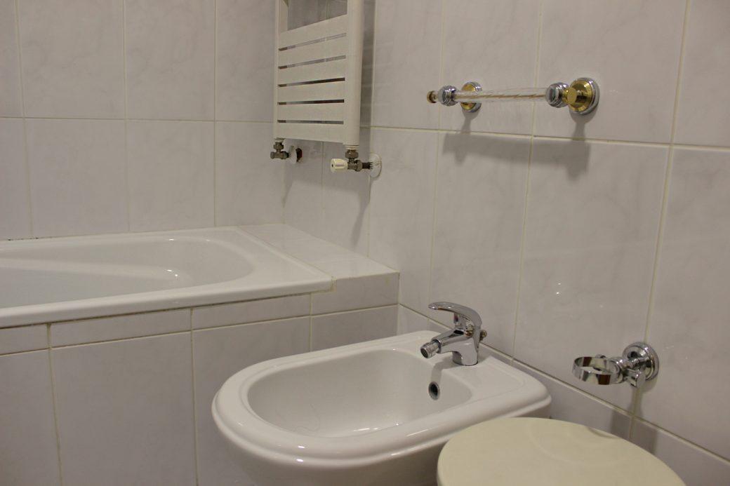 T4-Como-Novo-Em-Sao-Victor-WC-grande-bide
