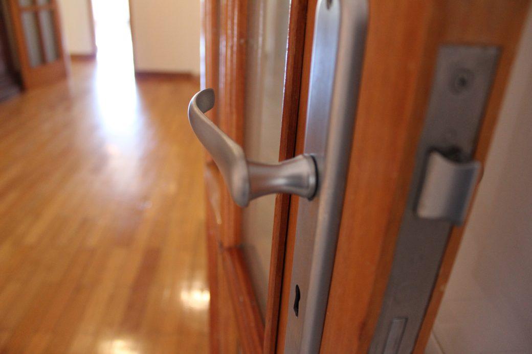 T4-Como-Novo-Em-Sao-Victor-detalhe-porta-puxador