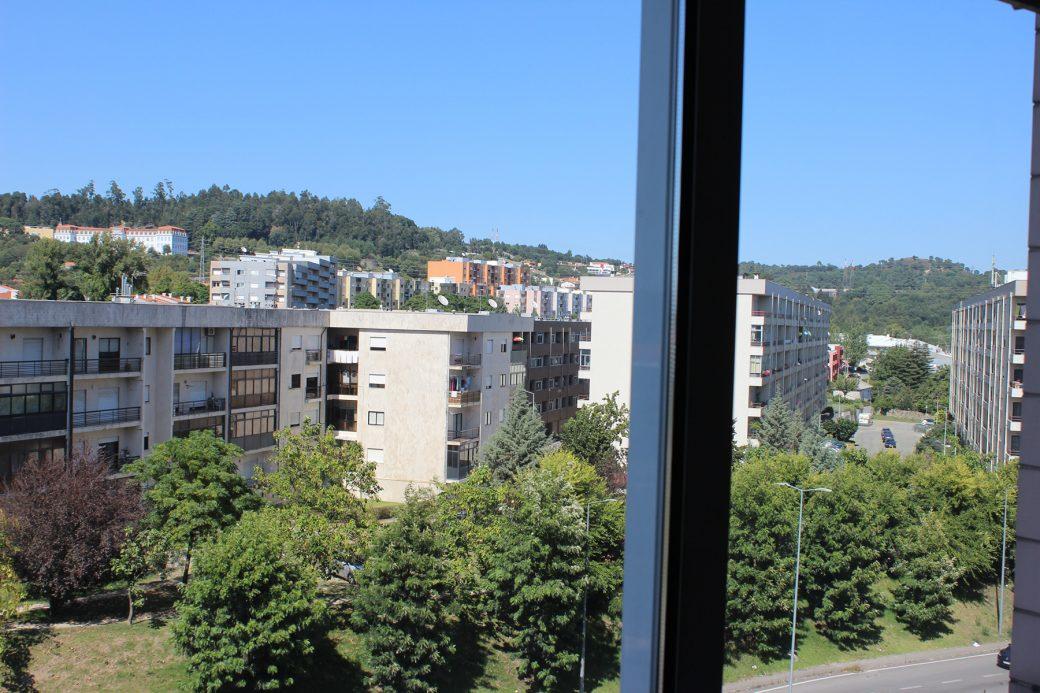 T4-Como-Novo-Em-Sao-Victor-vista-quarto-duplo