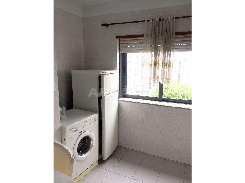 Apartamento-T1-Proximo-do-Braga-Parque-Cozinha-eletrodomesticos