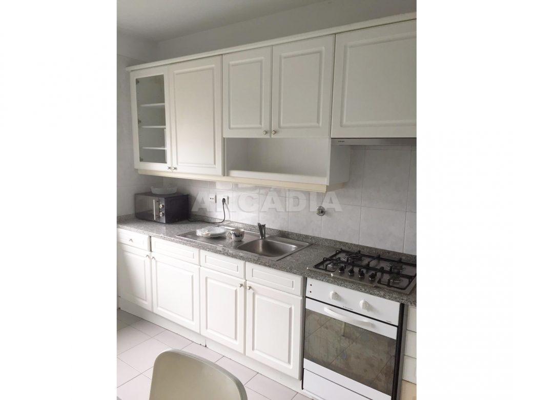 Apartamento-T1-Proximo-do-Braga-Parque-Cozinha-equipada