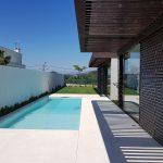 Moradia-Terrea-V4-em-Braga-Arcadia-Imobiliaria-exterior-piscina-jardim