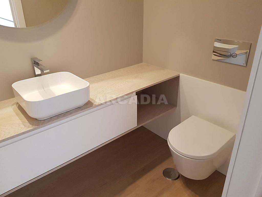 Apartamento-T3-Novo-de-Luxo-em-S-Joao-do-Souto-Ultimo-Piso-Arcadia-Imobiliaria-WC-pequena