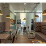 2-pessoas_Escritorio-No-Centro-da-Cidade-com-servicos-incluidos-Lounge-3