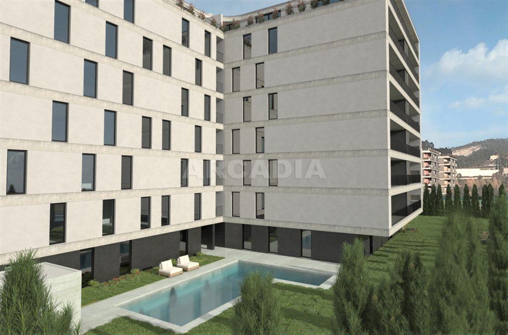 Apartamento-T4-ecologico-e-sustentavel-em-real-exterior-com-piscina