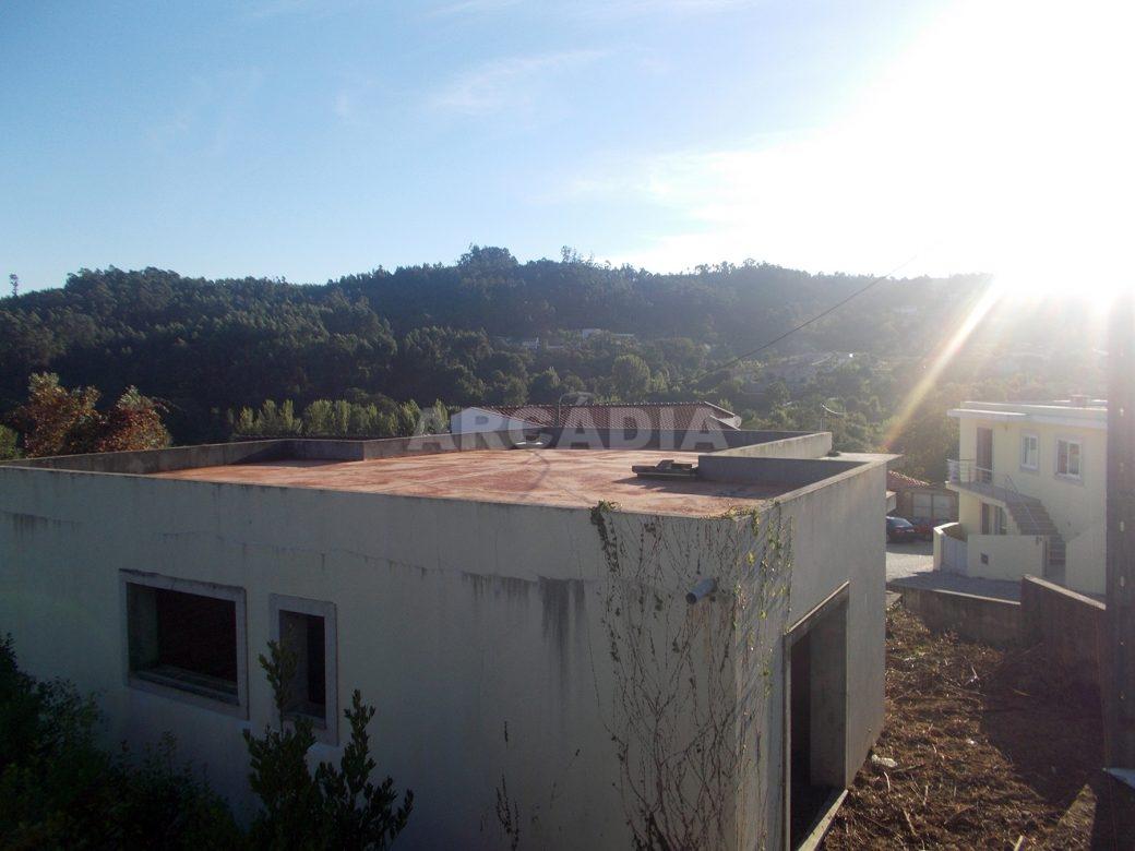 Moradia-v3-em-construcao-em-espinho-braga-arcadia-imobiliaria-vista-exterior-3