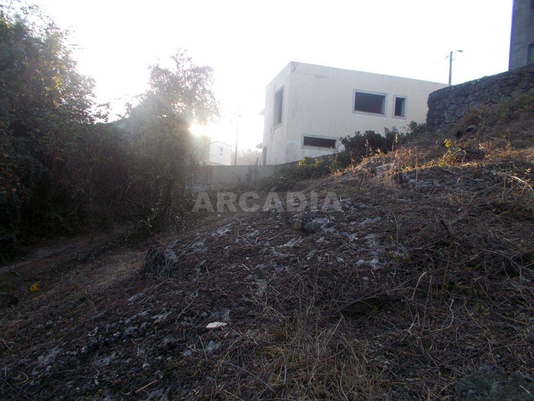 Moradia-v3-em-construcao-em-espinho-braga-arcadia-imobiliaria-vista-exterior-4