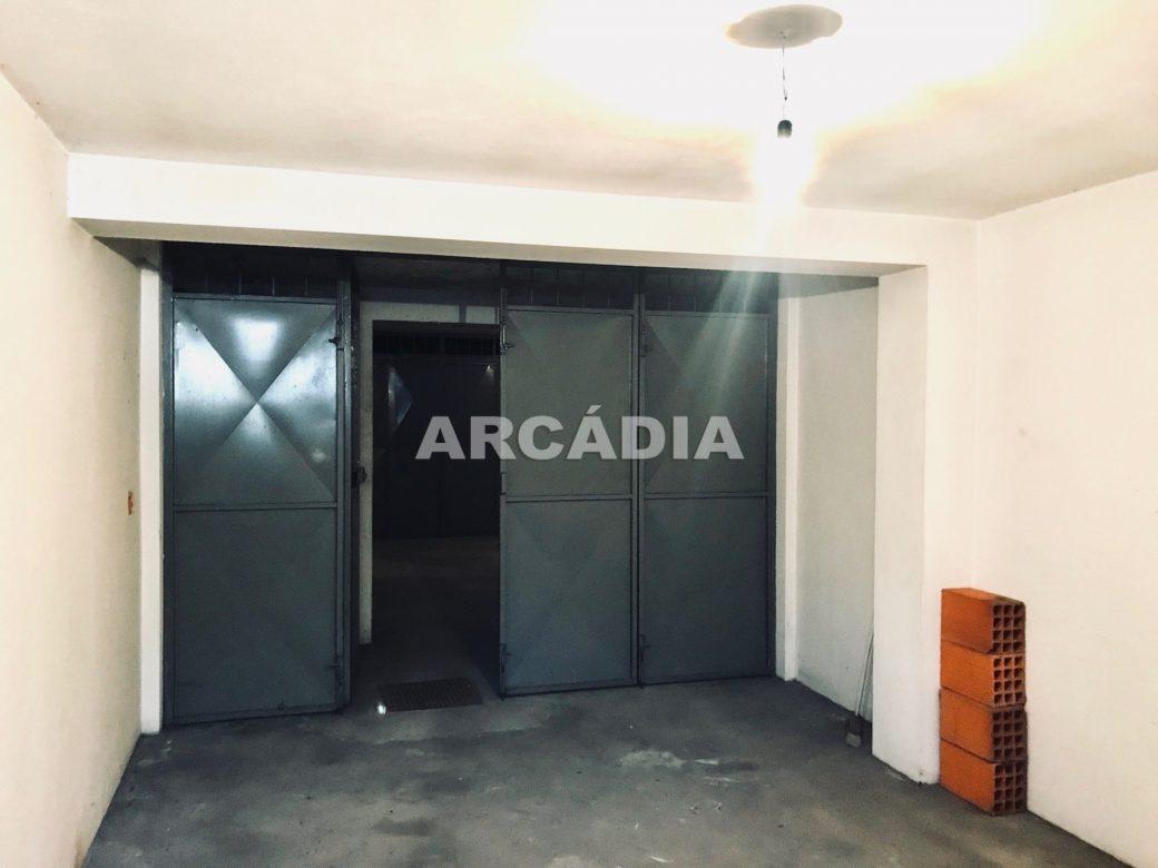 Apartamento-T3-Proximo-do-Braga-Parque-21-garagem