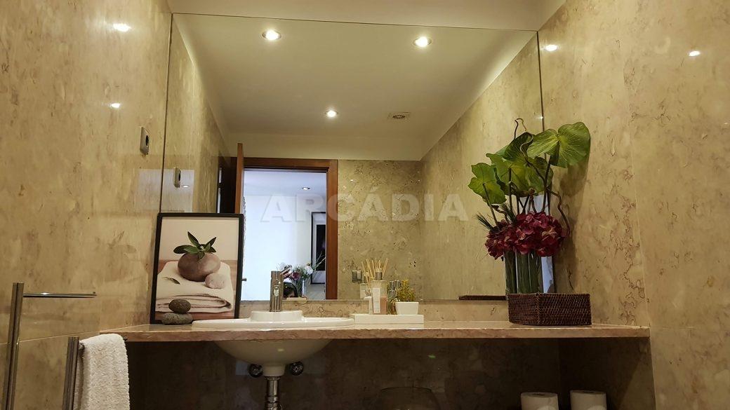 Apartamento-de-luxo-no-coracao-de-braga-WC-servico-lavatorio