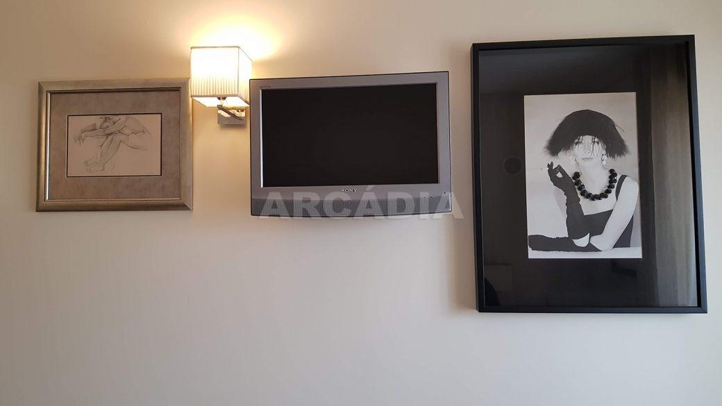 Apartamento-de-luxo-no-coracao-de-braga-suite-3-tv