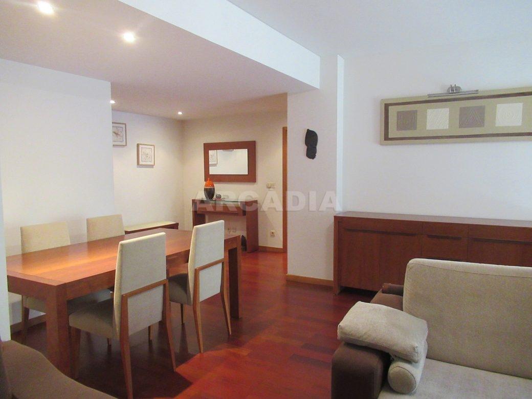 Arrendar-Como-novo-Proximo-do-Centro-da-Cidade-de-Braga-Sala-vista-sala-estar