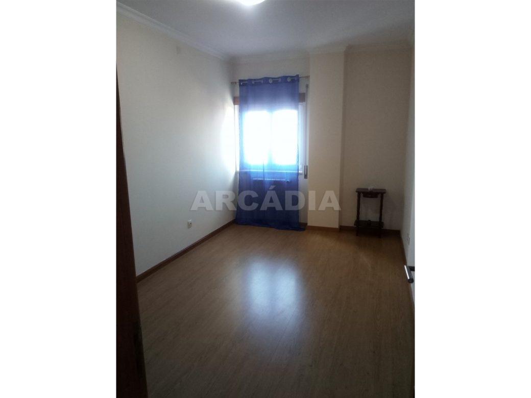apartamento-t2-na-azambuja-11