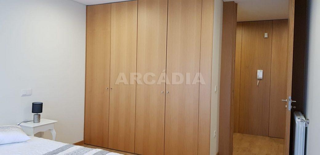Moradia-V3-Merelim-Sao-Pedro-1andar-quarto-2-entrada