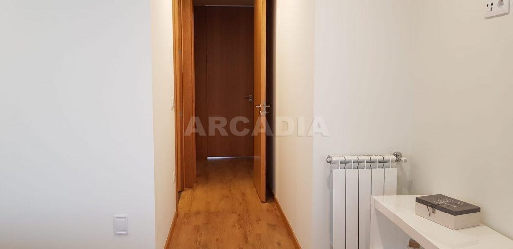 Moradia-V3-Merelim-Sao-Pedro-1andar-suite-saida