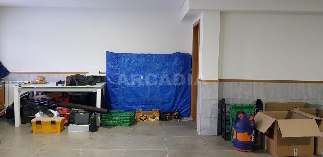Moradia-V3-Merelim-Sao-Pedro-cave-acesso-wc