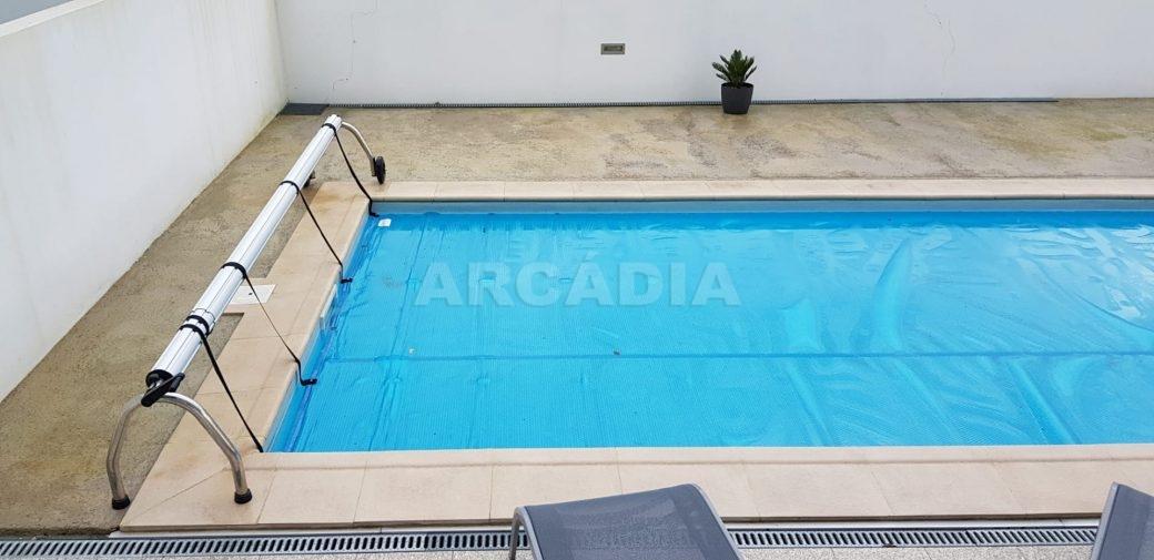 Moradia-V3-Merelim-Sao-Pedro-cave-piscina-2