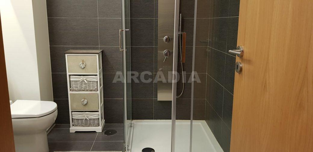 R-Moradia-V3-Merelim-Sao-Pedro-1andar-suite-WC