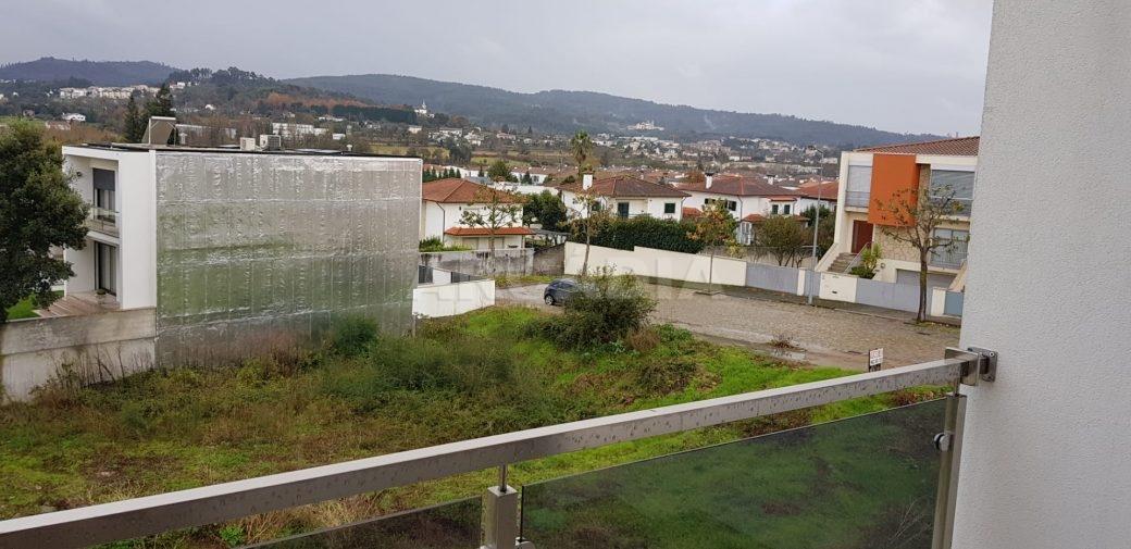 R-Moradia-V3-Merelim-Sao-Pedro-1andar-varanda-vistas