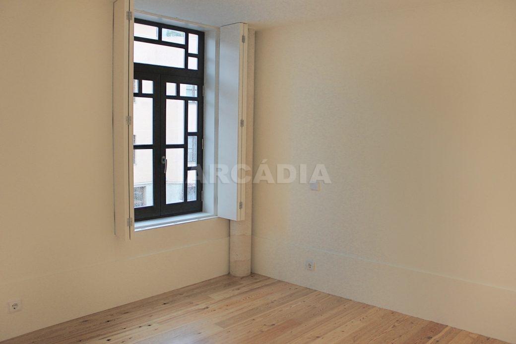 Predio-Moradia-restaurado-em-sao-vicente-braga-11-quarto