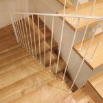 Predio-Moradia-restaurado-em-sao-vicente-braga-3-escadas