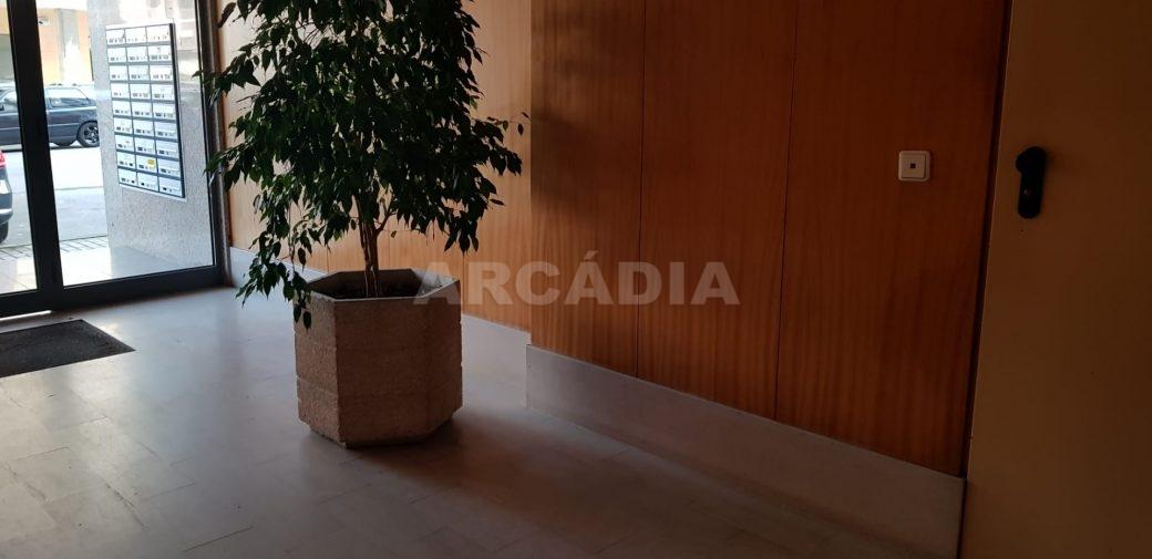 Venda-T1-Mobilado-Proximo-Centro-Nanotecnologia-2