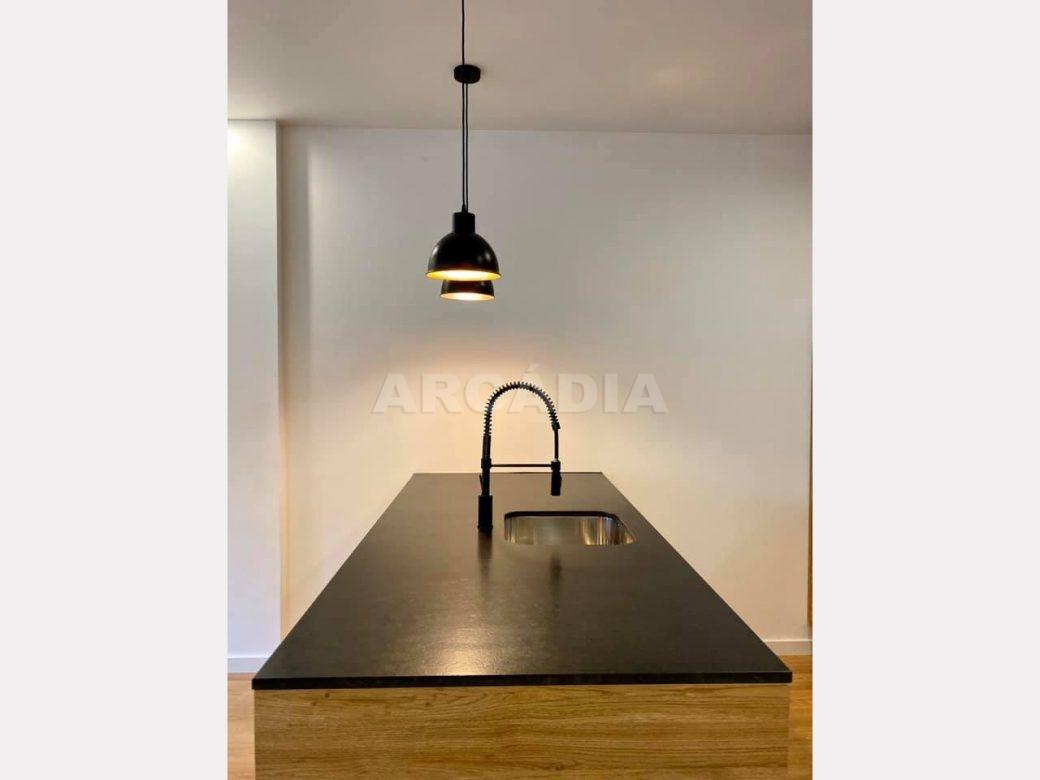 apartamento-t2-restaurado-no-centro-de-braga-cozinha