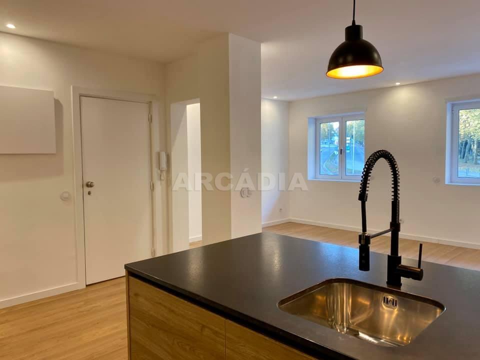 apartamento-t2-restaurado-no-centro-de-braga-kitchnette