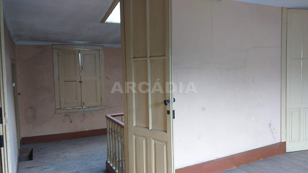 Arcadia-imobiliaria-pastelaria-centro-de-braga-mais-predio-43