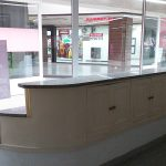 Arcadia-Imobiliaria-Loja-Arrendar-Centro-Comercial-Braga-3622-13-montra-arrumos