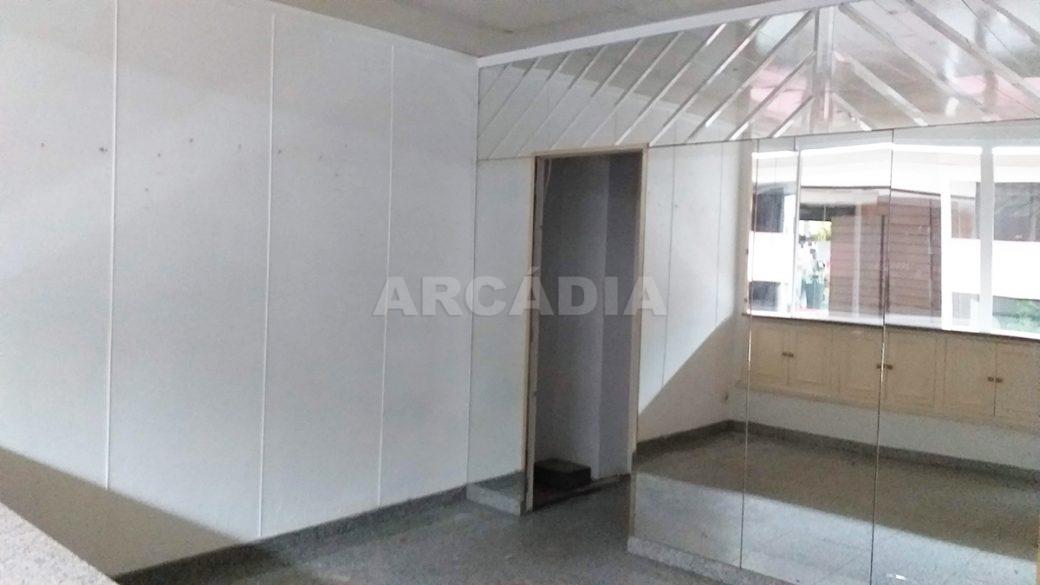 Arcadia-Imobiliaria-Loja-Arrendar-Centro-Comercial-Braga-3622-5-espelhado