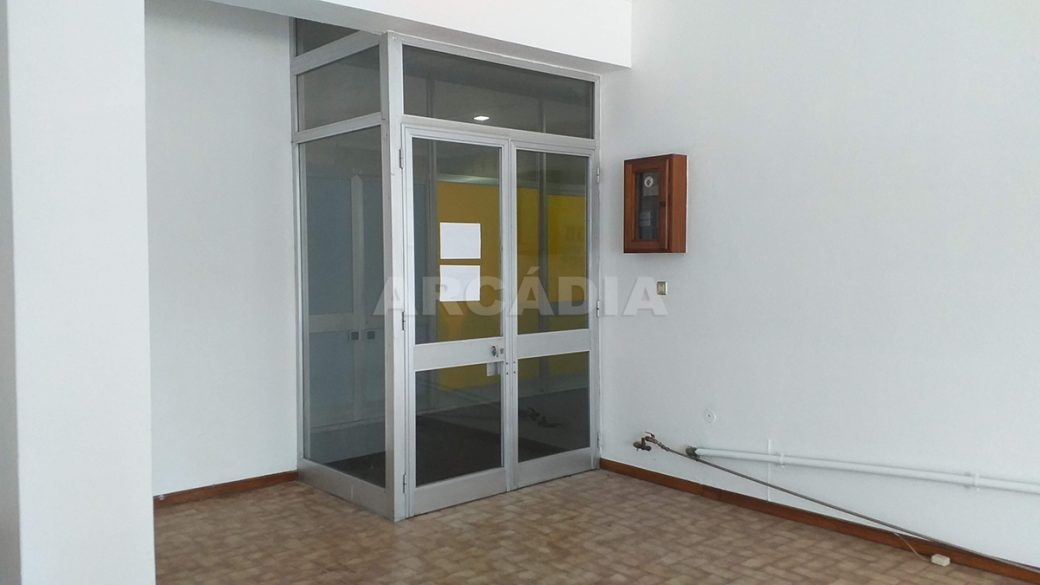 Venda-Arcadia-Imobiliaria-Loja-Centro-Comercial-Galecia-12
