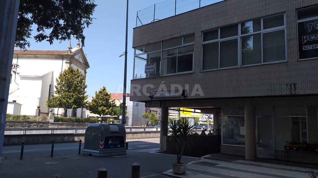 Venda-Arcadia-Imobiliaria-Loja-Centro-Comercial-Galecia-15
