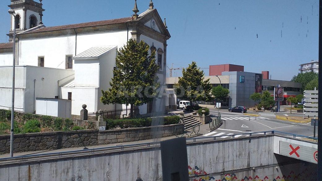 Venda-Arcadia-Imobiliaria-Loja-Centro-Comercial-Galecia-5