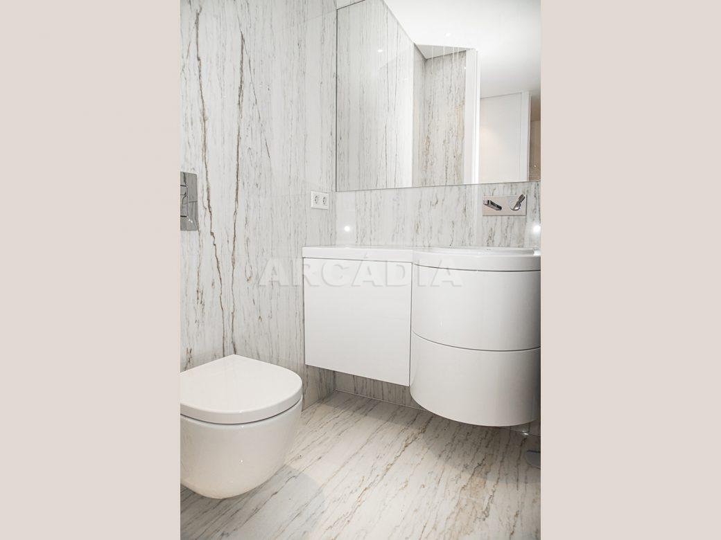 Arcadia-Imobiliaria-T2-Luxo-Av-Central-Braga-9-WC
