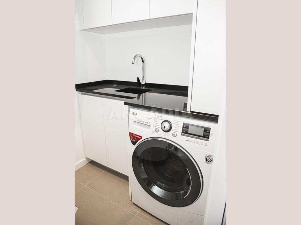 Arcadia-Imobiliaria-T2-Piso-2-Luxo-Av-Central-Braga-17-lavandaria